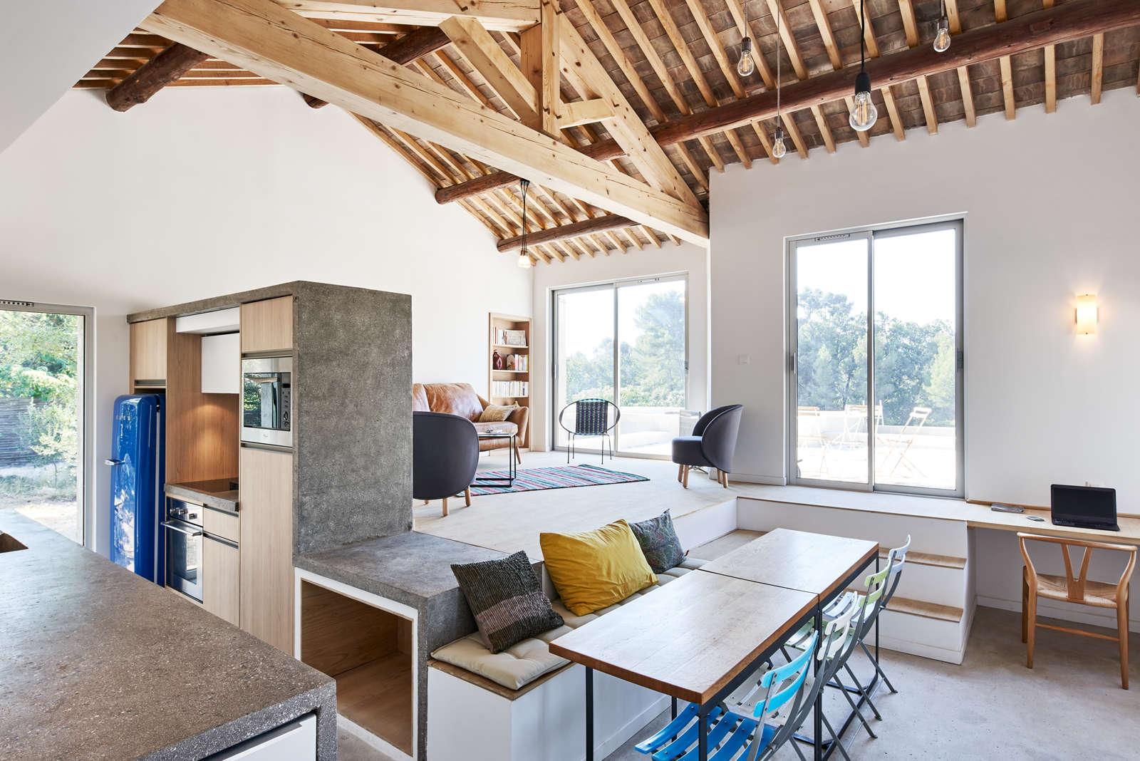 Rénovation contemporaine d'une maison ancienne à Aix-en-Provence